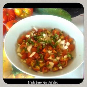 Tomato, onion and basil salad