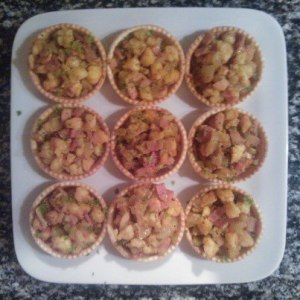 Curried prawn and bacon tartlets